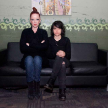 "MIRÁ EL VIDEO ""Garbage & Screaming Females"" – ""Because The Night"" del EP ""Because The Night"" (2013)"