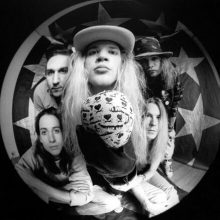 "MIRÁ EL VIDEO ""Mother Love Bone"" – ""Stardog Champion"" del álbum ""Apple"" (1990)"