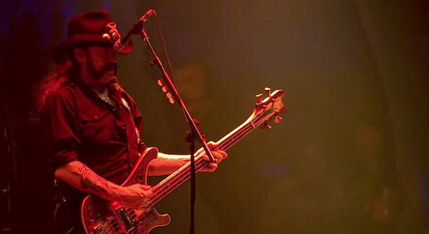 MIRÁ EL VIDEO » Motörhead» – «Heroes (David Bowie Cover)» adelanto del álbum «Under Cöver» (2017)