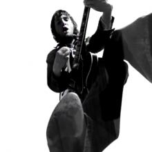 MIRÁ EL VIDEO «Jet» – «Are You Gonna Be My Girl» del álbum «Get Born» (2003)