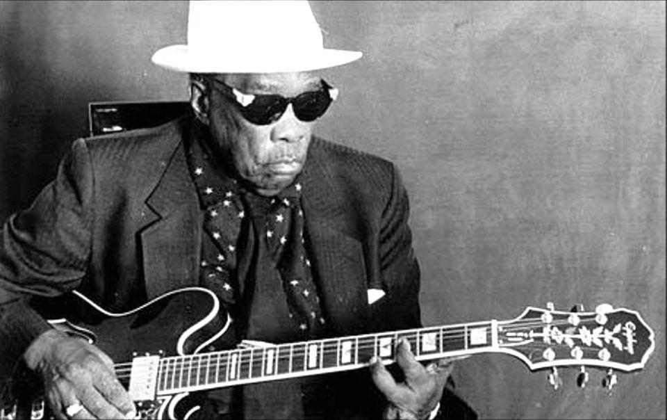 MIRÁ EL VIDEO «John Lee Hooker» – «One Bourbon One Scotch One Beer» del álbum «The Real Folk Blues» (1966)
