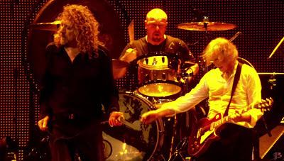 MIRÁ EL VIDEO «Led Zeppelin» – «Kashmir» en vivo «Celebration Day» (2007)