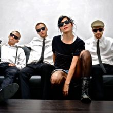 MIRÁ EL VIDEO «The Interrupters» – «Take Back The Power» del álbum «The Interrupters» (2014)